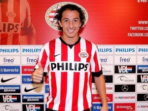 Official: PSV sign Guardado from Valencia on one-year loan