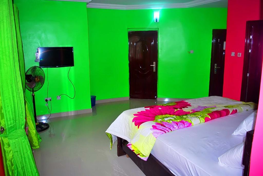 Intelligent Hotels & suites