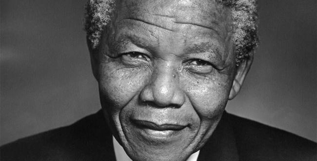 Nelson-Mandela is dead