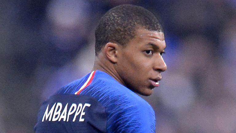 Mbappe Commits His Future With Paris Saint-Germain